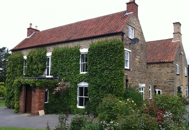 Project launched to create greenest old house in uk for Houses images pictures